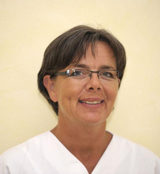 Stationsleiterin, Fachkrankenschwester für Nephrologie (DKG), Praxisanleiterin